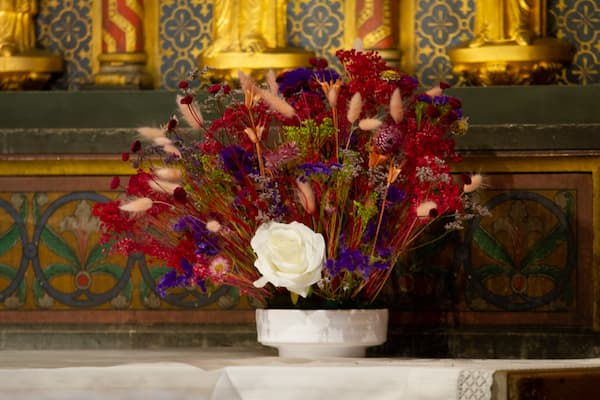 Art floral, fleurir l'église