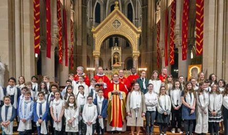 Confirmation à Saint-Ambroise, photo de groupe