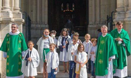 Profession de foi à Saint-Ambroise, photo de groupe
