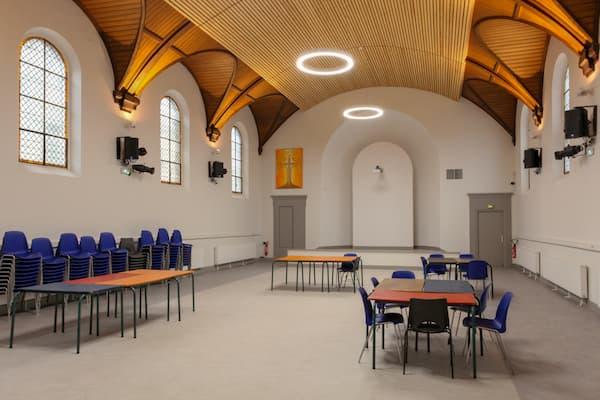 salle Saint Ambroise tables