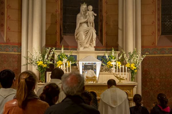 Photo de la Sainte Vierge Marie dans La Chapelle de la Vierge