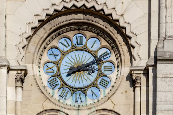 horloge heure église