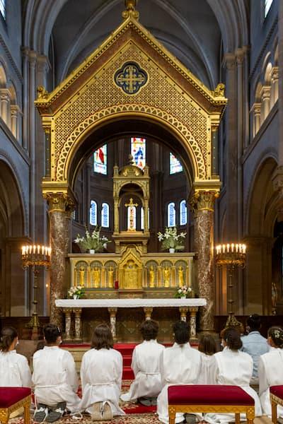 prier devant le tabernacle