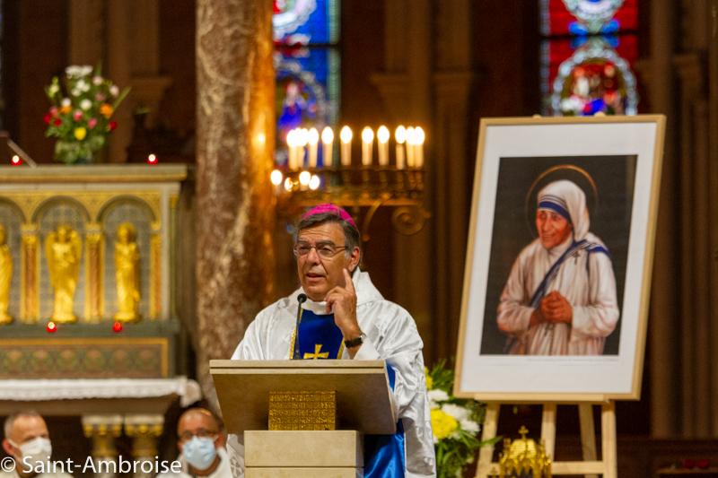 Messe célébrée à Saint Ambroise par Mgr Michel Aupetit