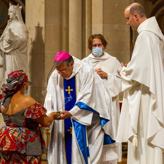 Messe célébrée à Saint Ambroise par Mgr Michel Aupetit, offrande