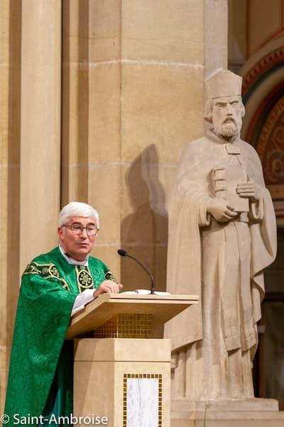 Mgr Emmanuel Tois à Saint Ambroise - grandes dates